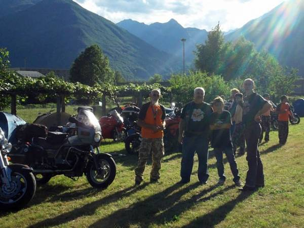 Raduno nazionale moto Guzzi a Beura (Vb) (inserita in galleria)
