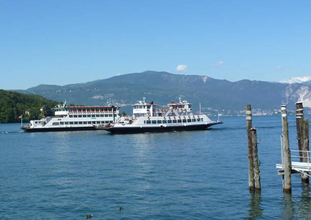traghetti laveno navigazione lago maggiore verbano