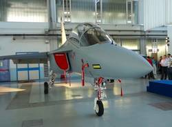 Aermacchi consegna il primo M-346 a Singapore (inserita in galleria)
