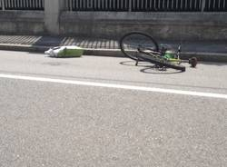 Ciclista travolto a Gallarate (inserita in galleria)