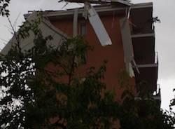 I danni del temporale (inserita in galleria)