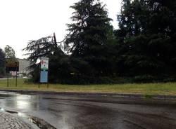 I danni della tromba d'aria a Busto e Castellanza (inserita in galleria)
