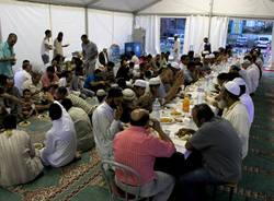La rottura del digiuno del Ramadan (inserita in galleria)