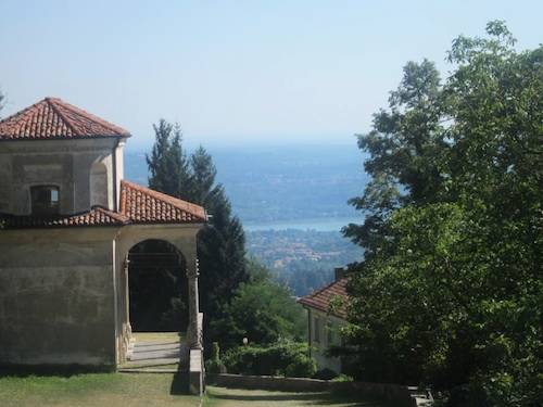 Salendo il Sacro Monte