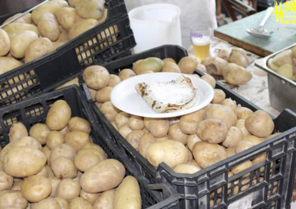 Gran divertimento alla festa della patata (inserita in galleria)