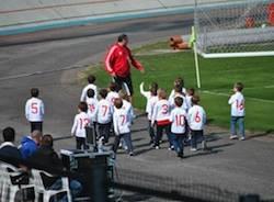 bambini calcio sport giovani alunni