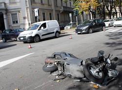 Scooter contro auto a Busto (inserita in galleria)
