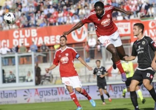 Varese - Spezia, la partita in tre minuti