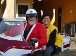 Babbo Natale arriva in Harley (inserita in galleria)
