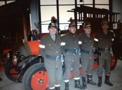 Babbo Natale arriva sul camion dei pompieri  (inserita in galleria)