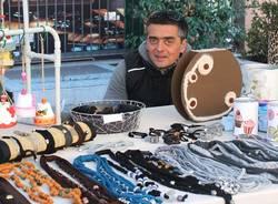 Malnate: facce da mercatino/1 (inserita in galleria)