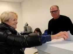 Primarie al seggio 1 di Varese (inserita in galleria)