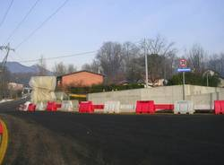 Riaperto, in parte, il ponte alla Schiranna (inserita in galleria)