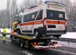 Scontro in autostrada, travolta anche l'ambulanza castronno dicembre 2012