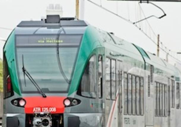 trenord treni apertura pendolari