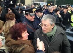 I funerali della mamma di Bossi (inserita in galleria)