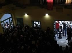 Il cardinale Scola benedice Stoà (inserita in galleria)