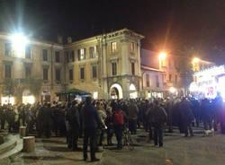 Ambrosoli in piazza a Gallarate (inserita in galleria)