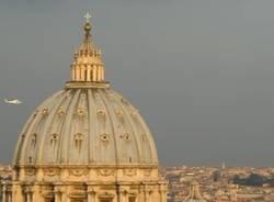 Il Papa lascia il Vaticano (inserita in galleria)