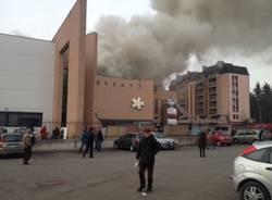 Incendio al Maga, quadri evacuati e fumo dal tetto (inserita in galleria)