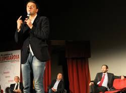 Renzi e Ambrosoli, pienone a teatro (inserita in galleria)