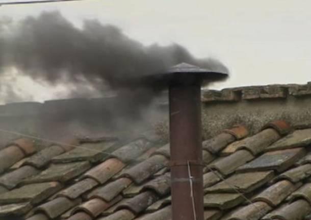 Elezione Papa, la fumata in diretta