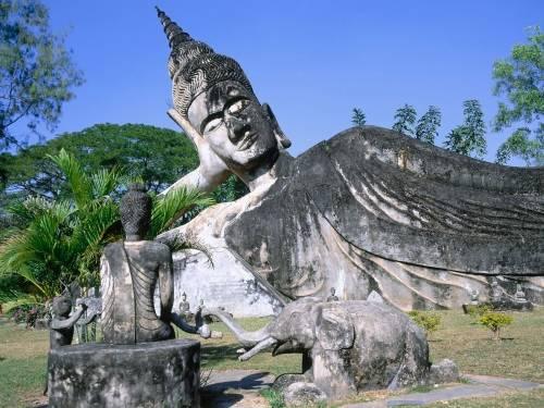 laos asia statua