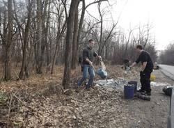 Mimetiche contro chi scarica rifiuti nei boschi (inserita in galleria)