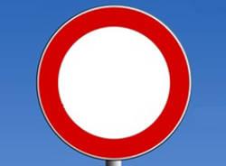 cartello divieto apertura