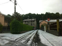 Grandinata come neve a Tradate (inserita in galleria)
