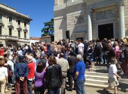 I funerali di Missoni (inserita in galleria)