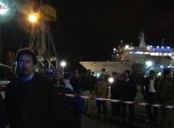 Tragedia al porto di Genova, le prime immagini (inserita in galleria)