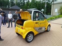 Una minicar elettrica per l'Agenzia del Turismo (inserita in galleria)