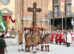Palio, traslazione della Croce a San Domenico (inserita in galleria)