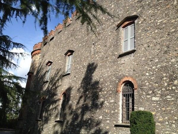 Il castello di Caidate (inserita in galleria)
