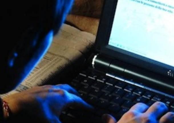 pedopornografia pedofilo internet