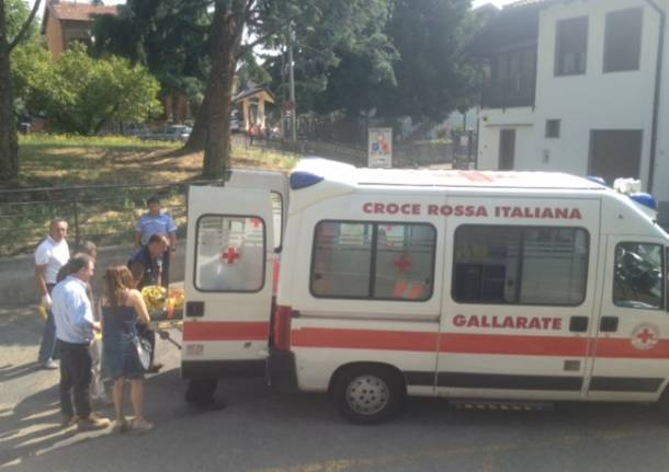 Sparatoria di Cardano, i soccorsi (inserita in galleria)