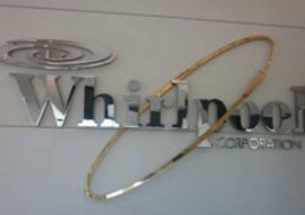 whirlpool apertura
