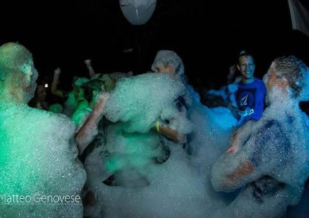 schiuma party a maccagno