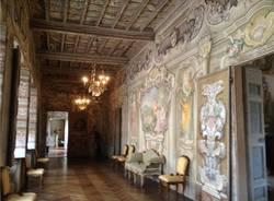 Tra i corridoi e i giardini di Villa Bozzolo (inserita in galleria)