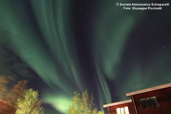 A caccia di aurore in Islanda (inserita in galleria)