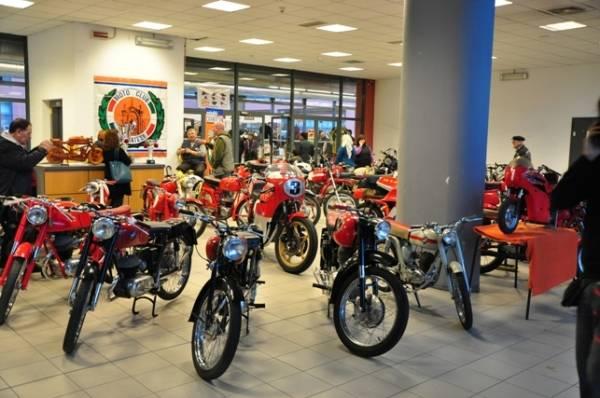 Auto e moto d'epoca, la Mostra scambio a MalpensaFiere (inserita in galleria)
