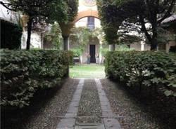 Nella villa Aletti Stampa (inserita in galleria)