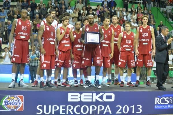 Supercoppa amara: Montepaschi - Cimberio 81-66 (inserita in galleria)