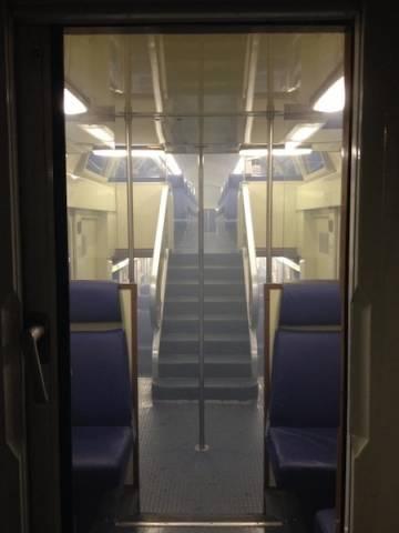 Fumo sul convoglio, treno fermo (inserita in galleria)