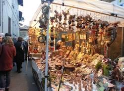 Il mercatino di Natale a Gazzada Schianno  (inserita in galleria)