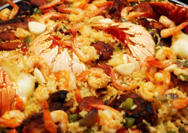 paella valenciana valencia piatto cibo spagna