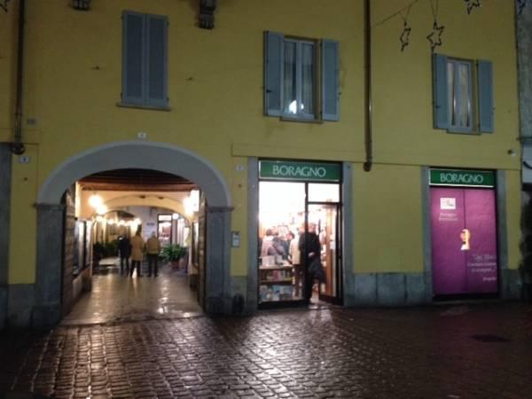 Riapre la libreria Boragno (inserita in galleria)
