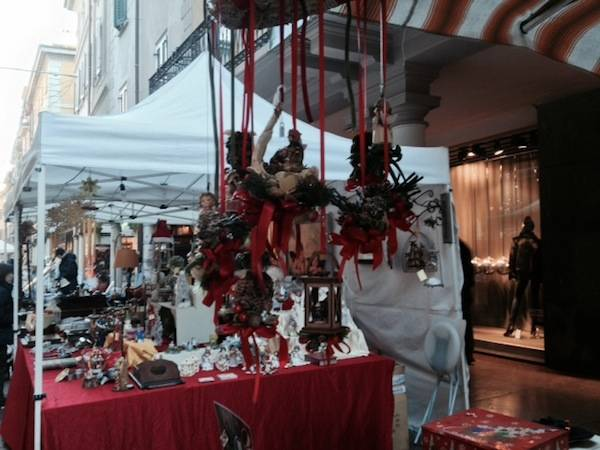 Antiquariato e mercatini i Corso Matteotti  (inserita in galleria)