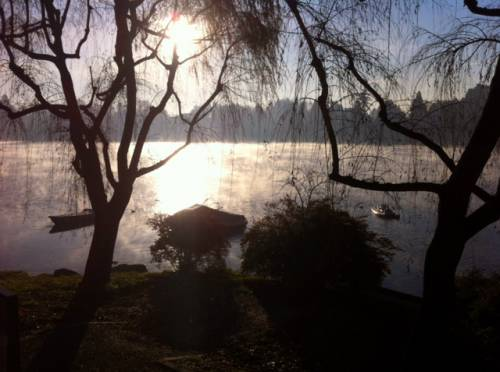 controluce in riva al Ticino (inviata tramite iPhone app)